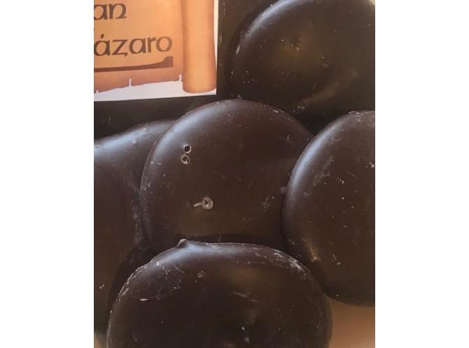 Bondades de chocolate negro y naranja